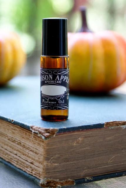 Ароматическое масло карамельного яблока и тыквы от бренда Apothecary