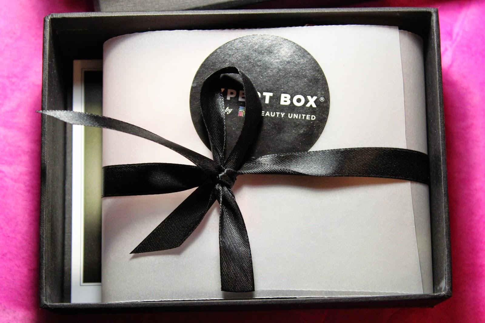 Обзор сервиса по подписке на нишевые пробники EXPERT BOX #1 от Beauty United