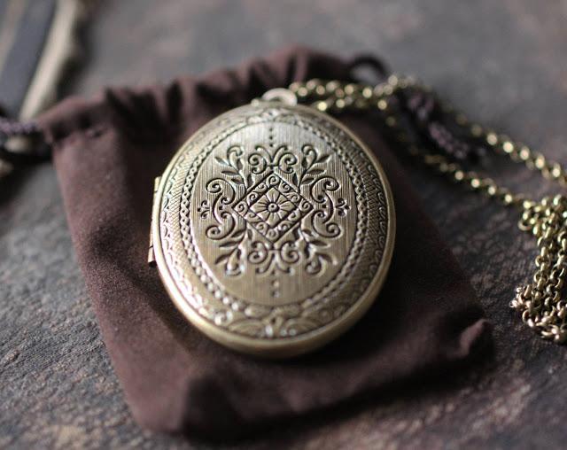 История сухих духов, свойства твердых духов, как использовать сухие духи, сухие арабские духи Джамид